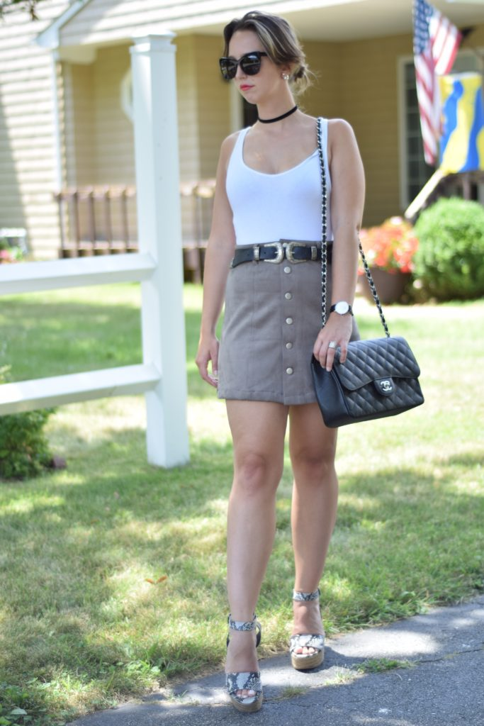 outfit-chanel-western belt-button up skirt