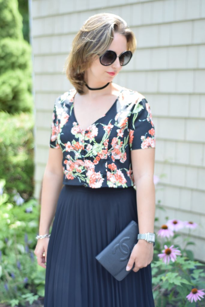 pleated skirt-floral crop top-fashion-outfit