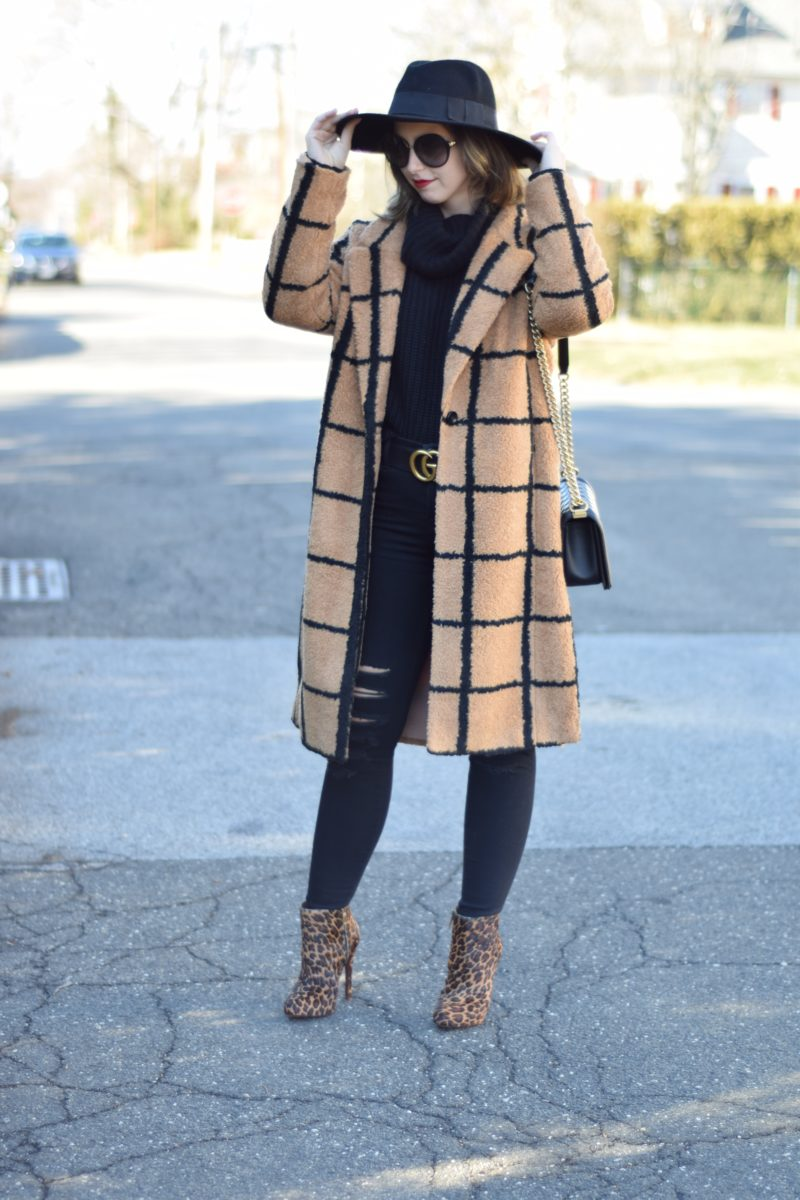 eye catching coats-style-camel outfit