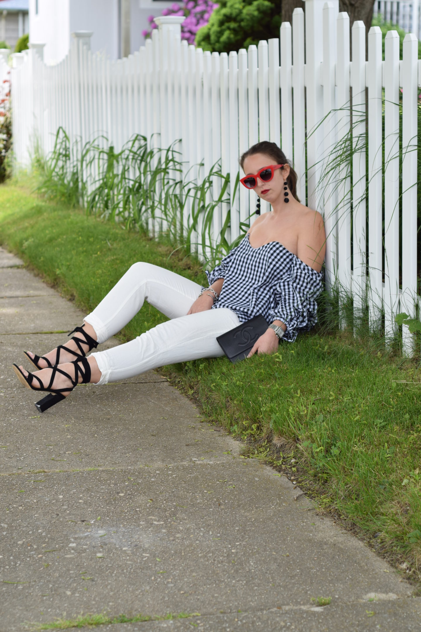 outfit-style-gingham-off the shoulder