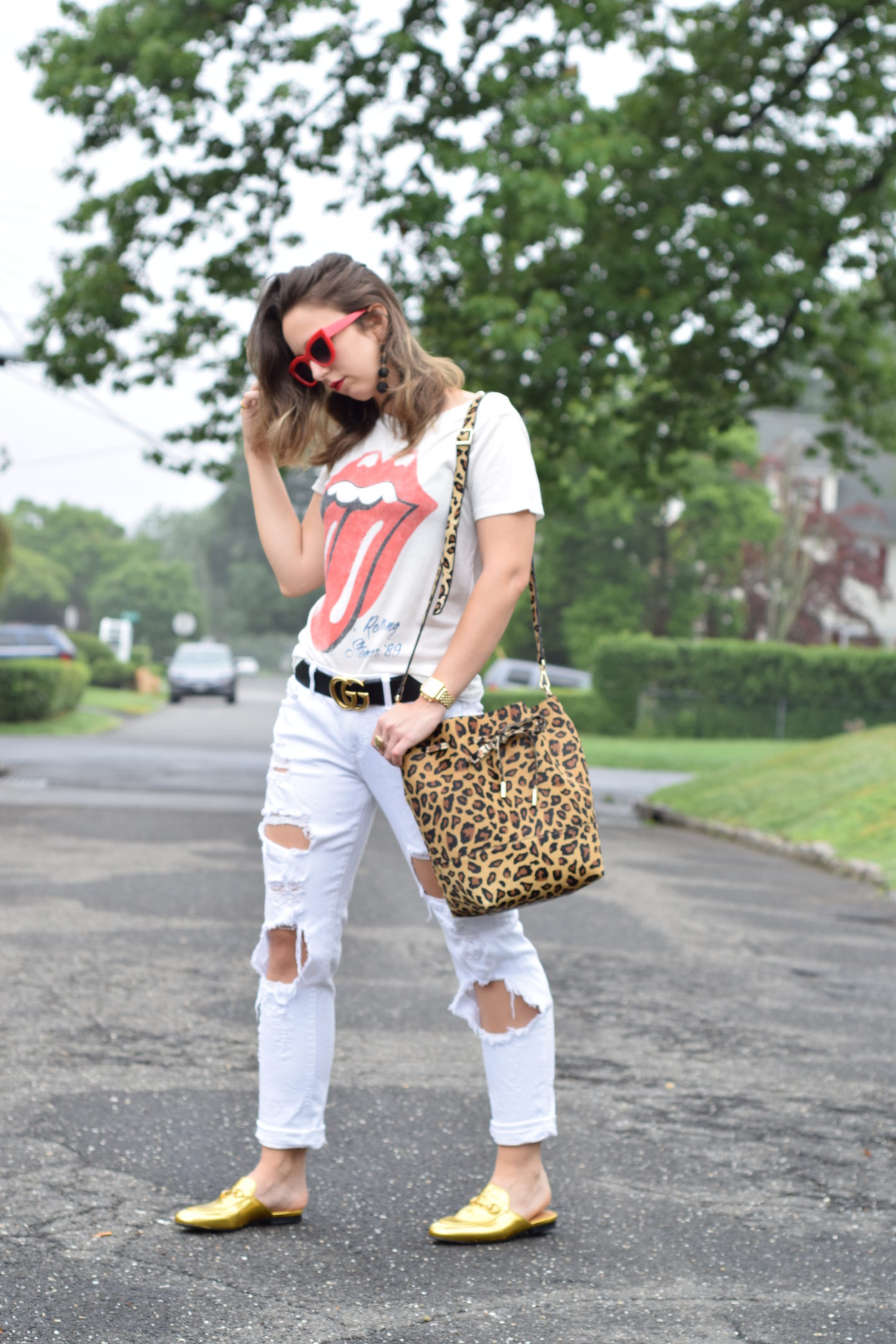 rolling stones tee-white jeans-style