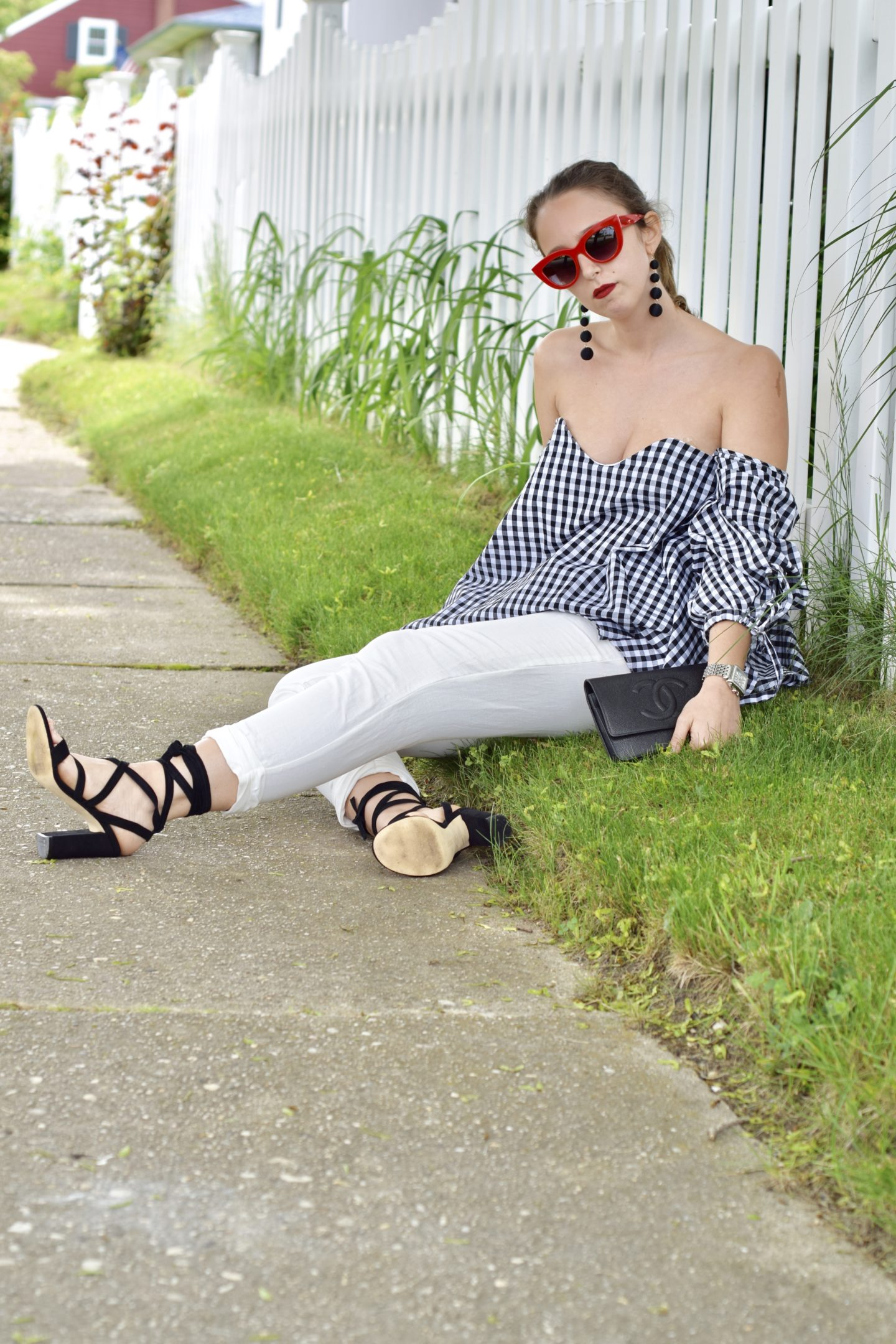 gingham-red sunglasses-outfit