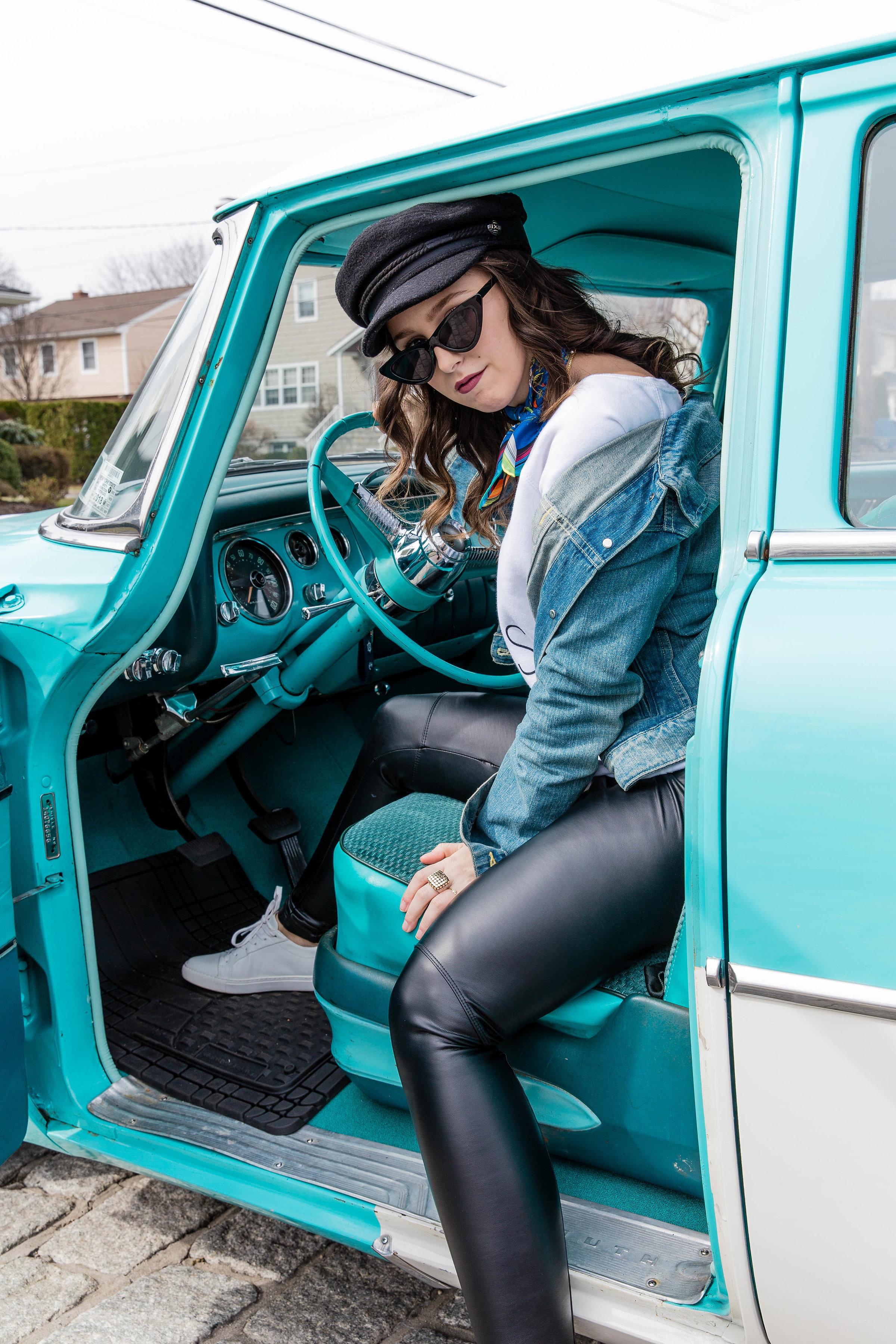 Outfit Blogger Style Vintage Car Denim Jacket Levis Inspo Simply